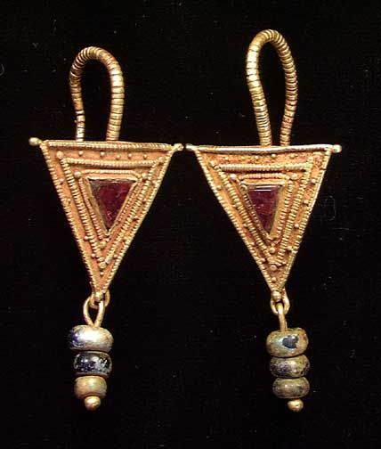 104 best Ancient Roman Earrings images on Pinterest Roman