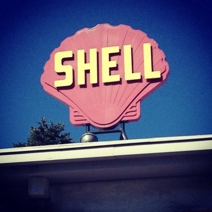 Shell vintagesign in Karleby/Kokkola Finland