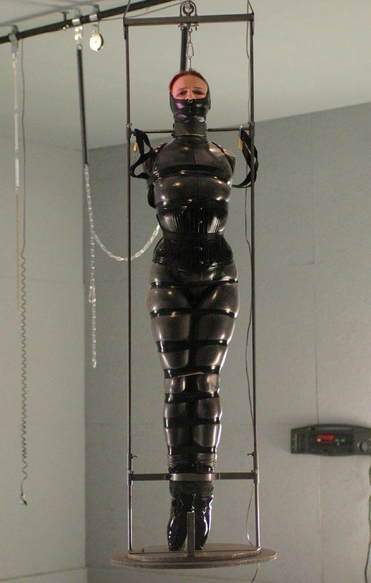 frenulum repeämä latex bondage