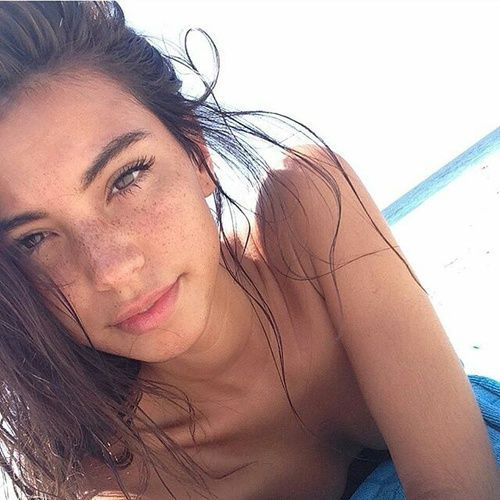 How to Look Gorgeous Without Makeup