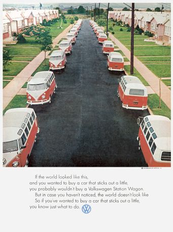 Volkswagen, 1969. The ad uses the gestalt principle of similarity to sell cars.