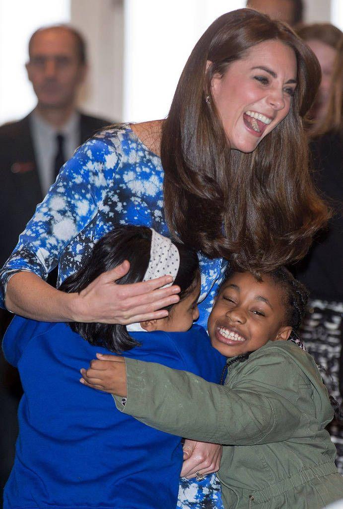 Herttuatar Catherine ja prinssi Harry repesivät hysteeriseen nauruun!