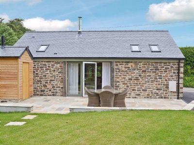 Bathroom | Prideaux Farm Cottages - The Wagon House, St Blazey, nr. Par
