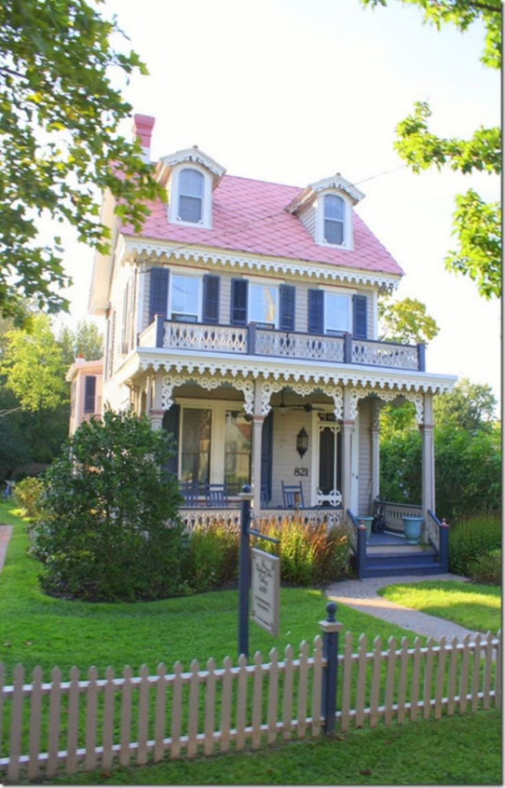 Cottage Style Home: 25+ Best Ideas About Victorian Homes Exterior On Pinterest