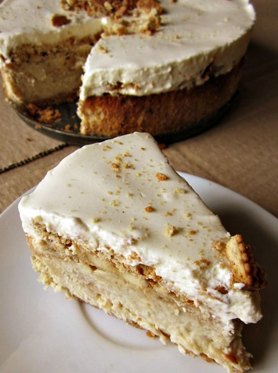 Banana Pudding Cheesecake. This cake is so good. If you're a banana pudding fan, you should go make it right now.
