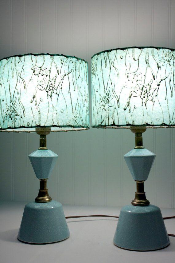 I like the lamp shades!