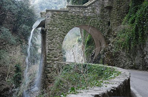 SP38 Tremosine Lombardia #TuscanyAgriturismoGiratola