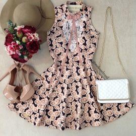Vestido Lalá Gola Alta D/ em renda e laço( Flores Nude)