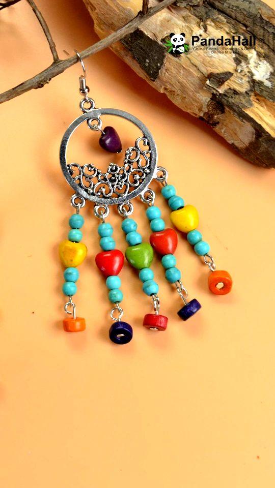 La vidéo de faire une paire des boucles d'oreilles avec les perles en bois, les perles turquoises et les perles acryliques. Il mérite l'essai par vous-même! Vous pouvez acheter tous les matières sur notre site web. Inscrivez-vous pour obtenir #coupon de $5! #PandaHall #frPandaHall #tutoriel #bricolagebijoux #simple #faitmain #perlesbijoux #été #élégance #perles #bouclesdoreilles #jewelry