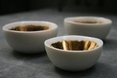 gold brushed ceramic bowls