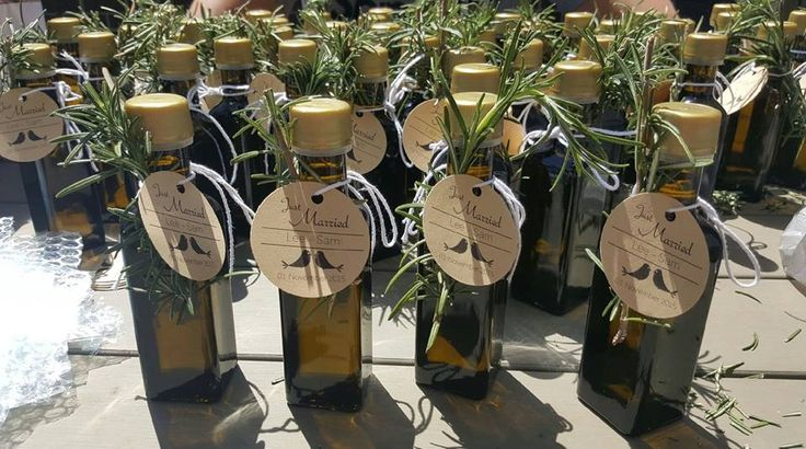 Another wonderful example of what talented people can do with Dawn View Olive Oil's little 100 ml bottles of Extra Virgin Olive Oil - some wedding Bonbonnieres made by a couple in Melbourne for their Nov 1st, 2015 wedding. Thank-you for sharing your photo.