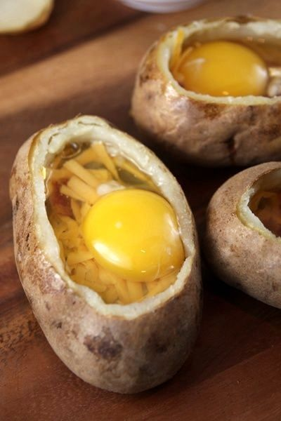 Twice baked breakfast potato | Nom Noms | Pinterest