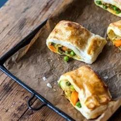 Vegetarian vegetable puffs by TolaniGBC