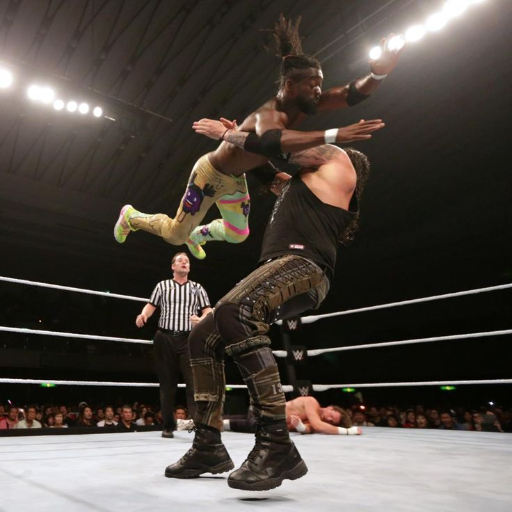 "WWE Live sagt ""Konbanwa"" in Osaka, Japan: Fotos"