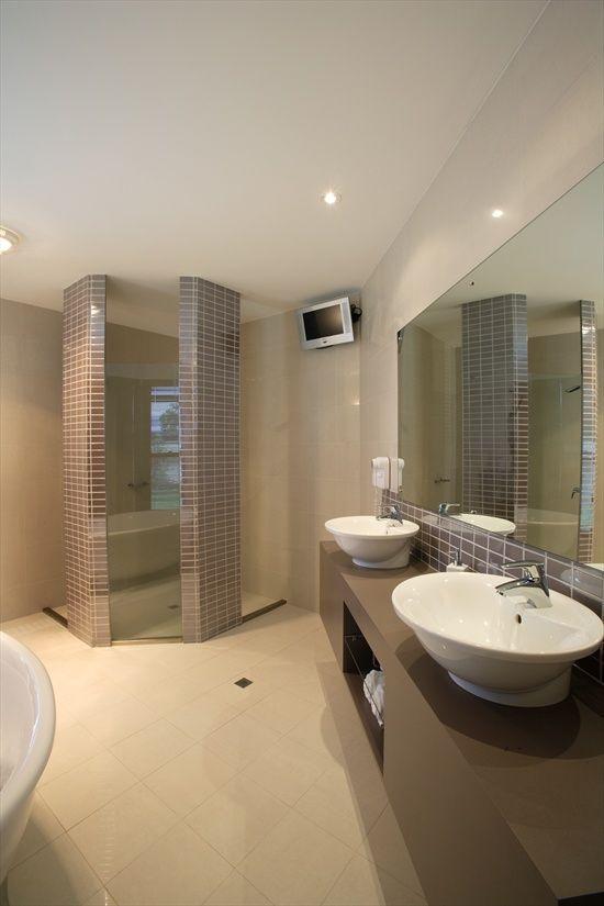 17 best images about bathroom tile ideas on pinterest for Bathroom ideas brisbane