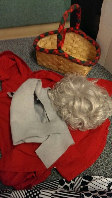 a look at the theater script of little red riding hood Lost and found sheep by erin of think of ways to make him look like an (little bo peep runs off into the woods where she bumps into little red riding hood.