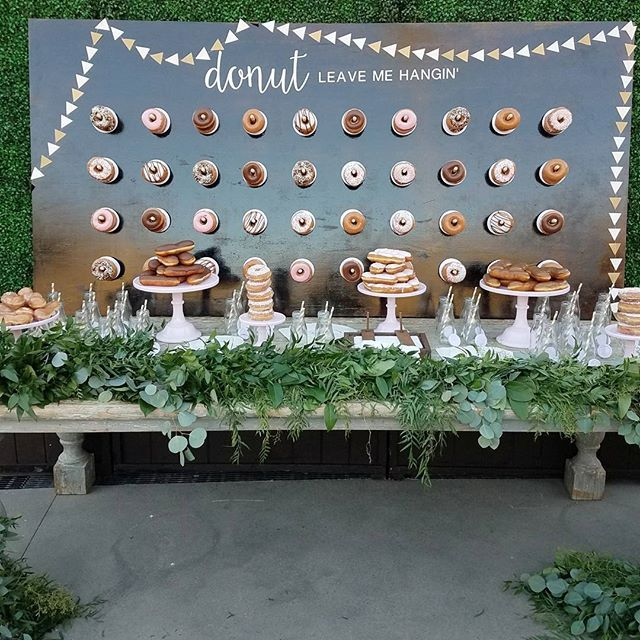 Donut Heaven @natalieheimstra and Peter's #wedding was beyond sweet, thank you for trusting @agoodaffairanna every step of the way!  @krispykreme  Venue: @theranchlb  #donutwall #krispykreme #agoodaffairdesign #theranchlagunabeach #luxurywedding #desserttable