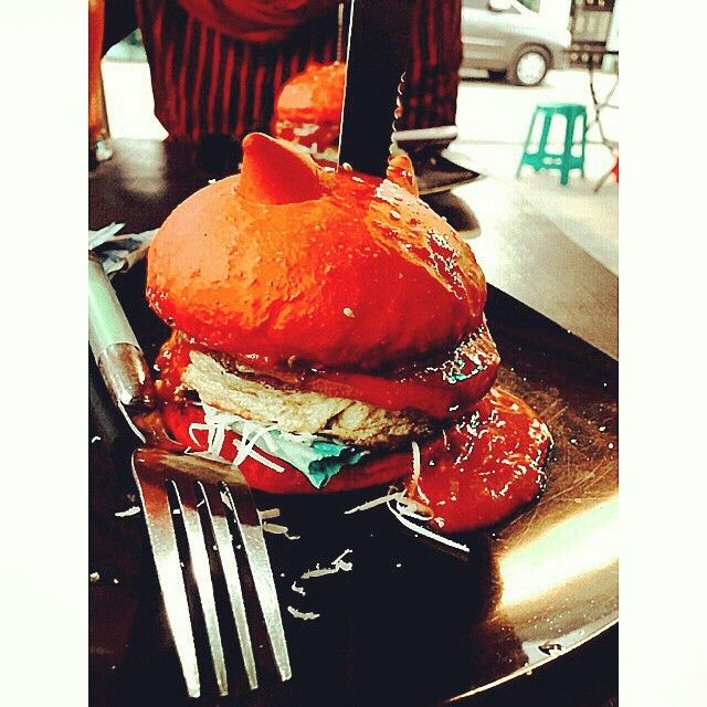 Red devil burger @jacpottburger