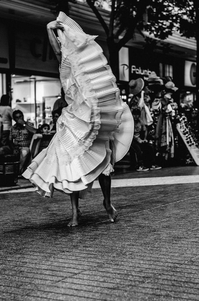 Dancer by Eduardo Gomez