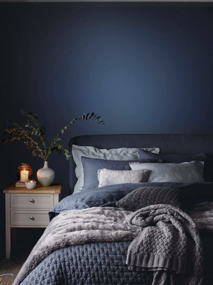 Mesmerizing Bedroom With Dark Blue Bedroom Walls Color And White Wood Nightstand Plus Grey Linen Upholstered Blue Bedroom Decor Blue Bedroom Dark Blue Bedrooms