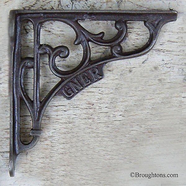 GNER Shelf Bracket Waxed Iron
