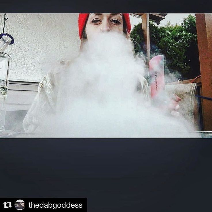 #Repost @thedabgoddess with @repostapp  Quick smoke break then off to grab some errands protein shake and maybe sneak a bagel in there to!  After getting my hair chop I feel so much better but will take some time to get used of In the mean time stay Stoney  #TeamKUSH #cannadolls #Canadianstoner  #girlswhosdab  #girlswhosmoke #girlswhohitbongs #girlswhodab #girlswhogethigh #girlswhosmokeweed #girlswithpiercings #dabssesh #dabsondabs #playwithfire  #bongsbabes #bongbeauites #kushqueens…
