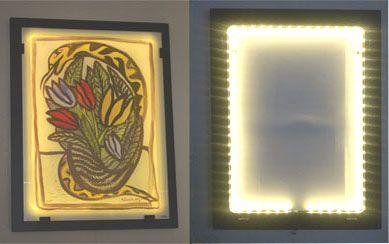 Att trycka direkt på glaset och belysa dem med ledlampor monterade runtom får fram målningen mycket mer än traditionella tavlor. Ljuset tar fram smådetaljer mycket mer, samt är även ett trevligt sätt och ha lite dämpad belysning i hemmet på kvällarna.
