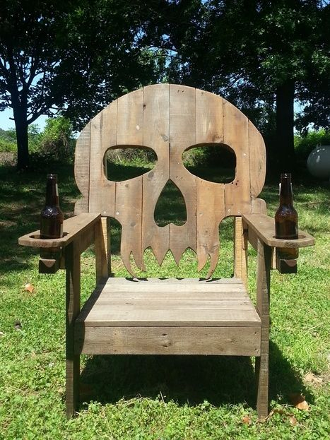 Pirate Captain Chair.  Pallet skull chair | 1001 Pallets ideas ! | Scoop.it