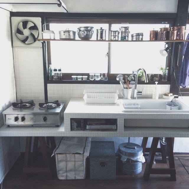 hellopicnicさんの、Kitchen,DIY,古道具,タイル,シンク,漆喰,セルフリノベーション,ソーホースについての部屋写真