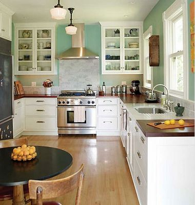 wood countertops white cupboards white subway tile photos 30 styles de cuisine maison et demeure