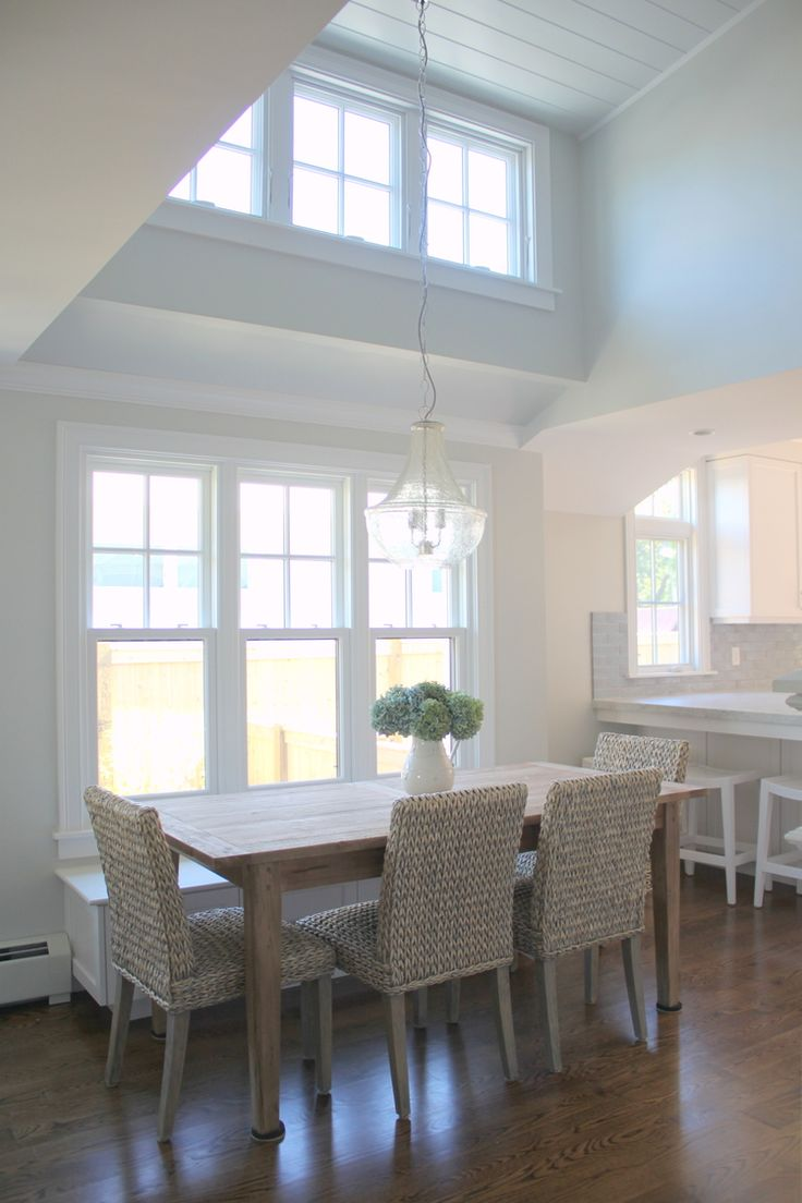 Molly Frey Design~casual dining with lots of great detail