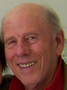 "NO HOWARD Genealogy connections - Ron Howard's father - born Harold Rance Beckenholdt in Duncan, Oklahoma, the son of Ethel Cleo (née Tomlin) and Engel Beckenholdt, a farmer. He changed his name to ""Rance Howard"" when he became an actor."