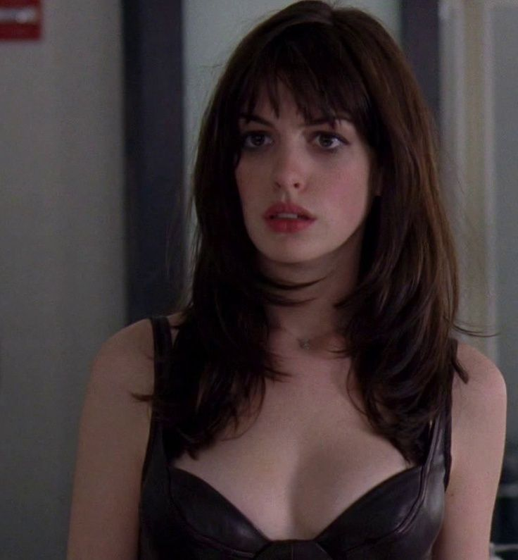 1000 Ideas About Anne Hathaway Bangs On Pinterest Bangs Trim Bangs And Best Drugstore Eyeliner