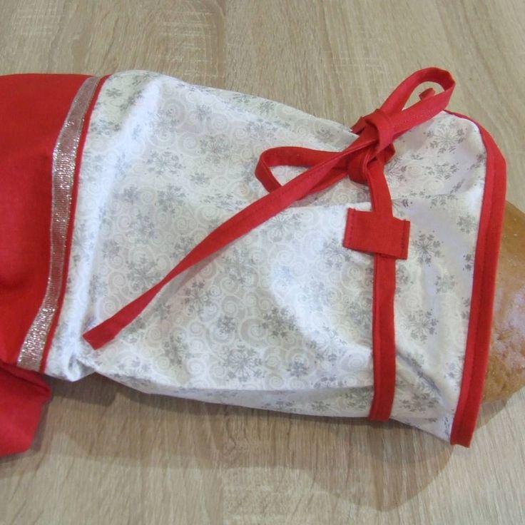 Úžitkový textil - Červeno strieborné vločky - vianočný obal na chlieb - 7147142_