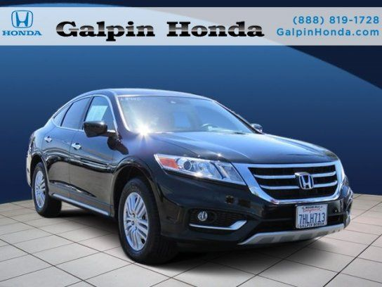Hatchback, 2014 Honda Crosstour EX L With 4 Door In Mission Hills, CA
