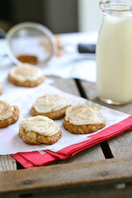 Apple Oatmeal Cookies with Brown Butter Frosting by laurenslatest, via Flickr: Oatmeal Cookies, Apple Oatmeal, Pumpkin Cookies, Sweet Treats, Cookies Recipes, Bars Cakes Cookies Desserts, Apples Oatmeal, Lauren Latest, Brown Butter Frostings