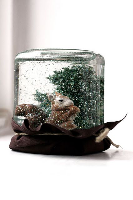 Turn mason or baby jars into snow globes! So easy and cute! :)