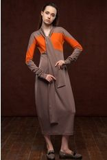 платье из джерси с воротником-шарфом - J.Perekriostova