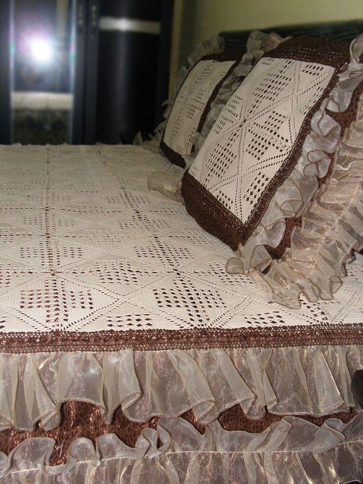 Dantel Yatak Örtüleri Örnekleri