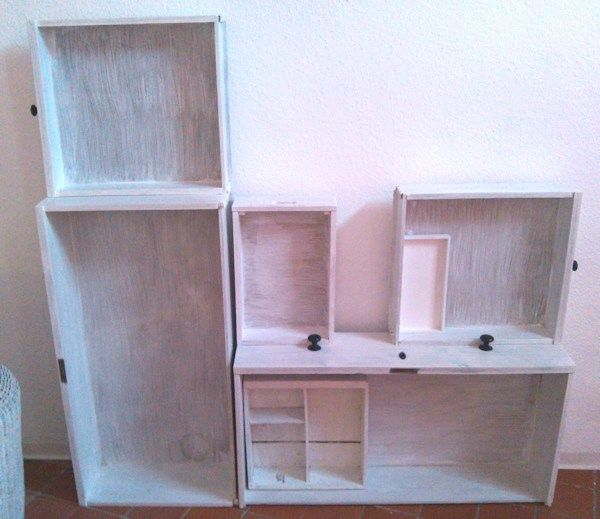 Schubladenregal und Tafelfarbe (2)