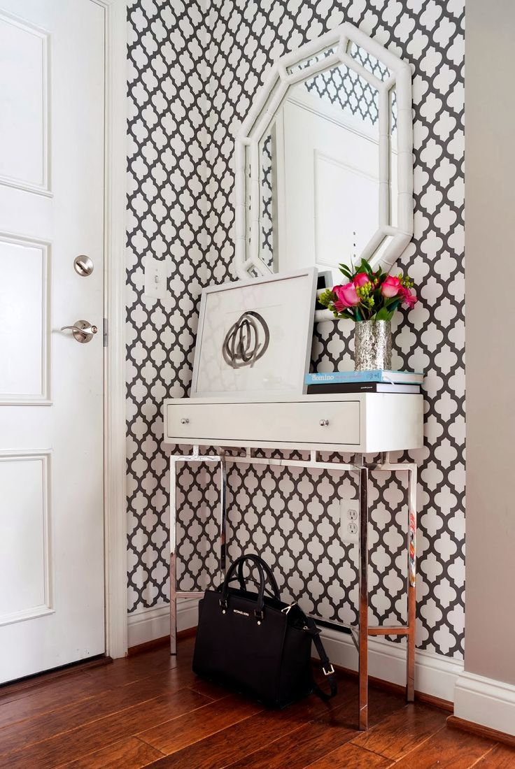 danielle oakey interiors: Small Entry