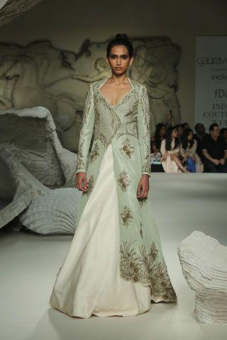 ...featuring gorgeous Swarovski crystal mesh