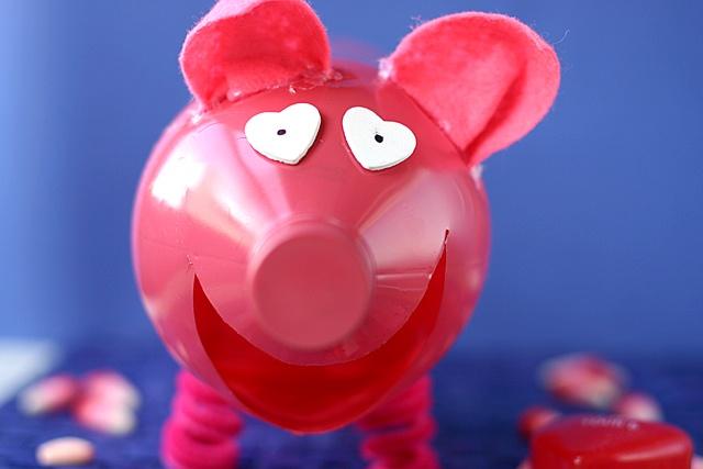 pink piggy valentine box: Piggy Valentine, Valentine Box, Weekend Crafts, Pig Valentines, Valentines Day, Holidays Valentine Crafts, Craft Ideas