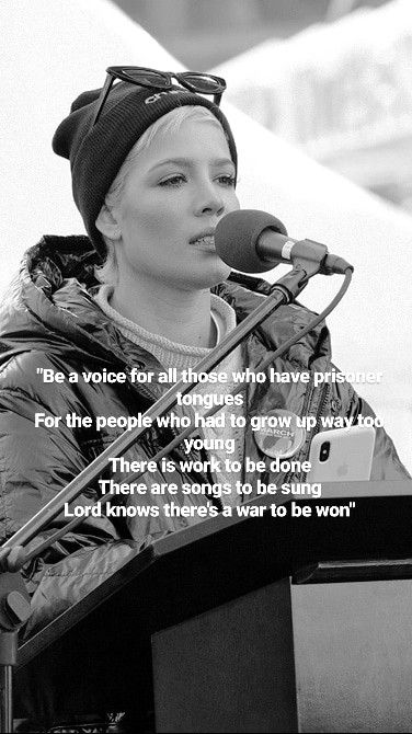 #Halsey #WomensMarch