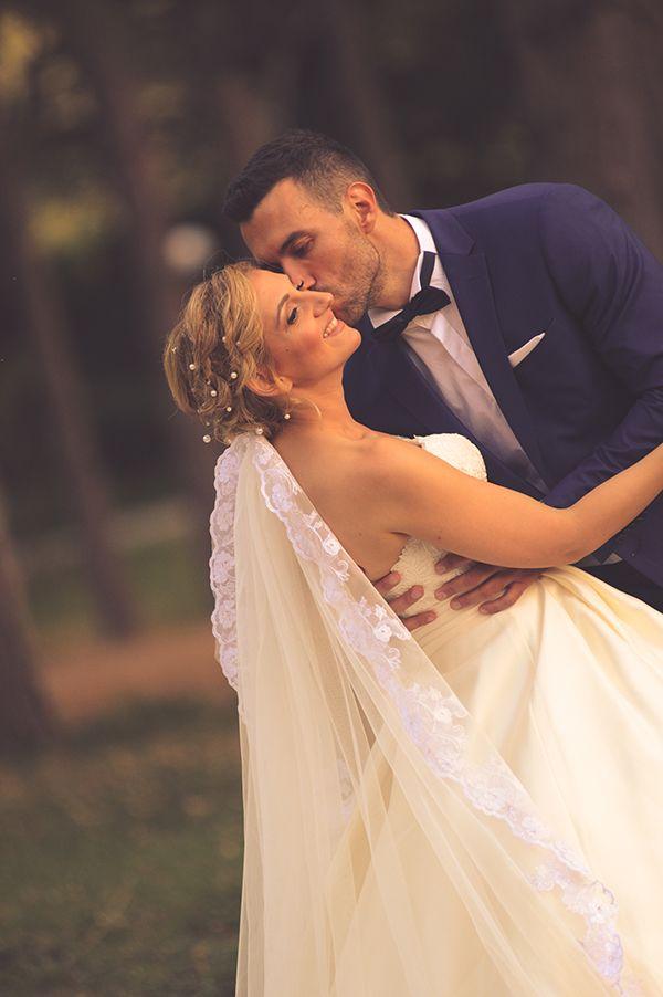 Φθινοπωρινος ομορφος γαμος με υφασματα  c25640802f8