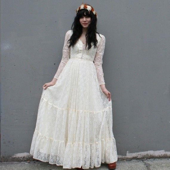Funky Wedding Gowns: 209 Best Rustic / Hipster / Woodsy Wedding Images On