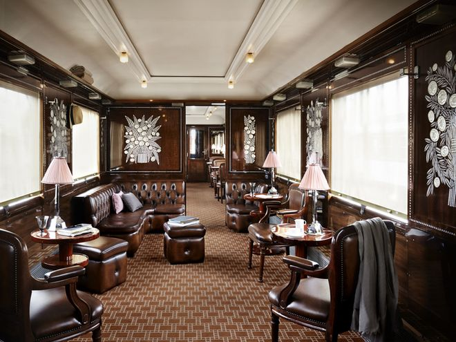 """Film and music stars, politicians, writers, and secret agents mingled in the """"Blue Train"""" bar and dining car, decorated by French glass designer René Lalique. Credits : Jérôme Galland 