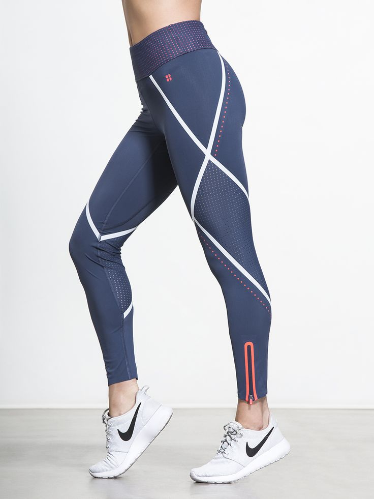 Next time you're suiting up for a long training run, these striking leggings from Sweaty Betty are your best choice. The side perforated mesh panels…