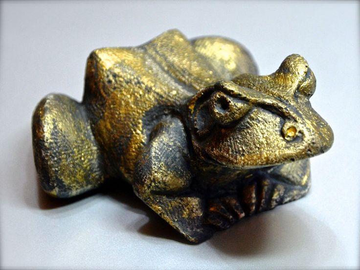 Statua gesso rana frog