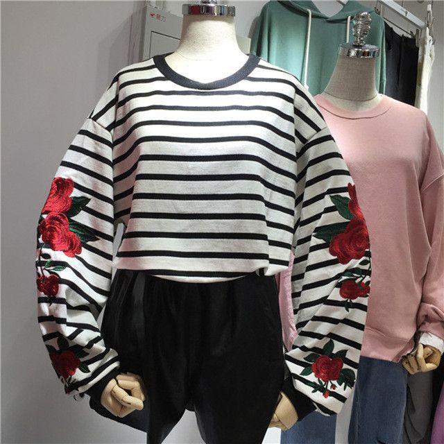 2016 New Autumn Harajuku Hoodies Roses Embroidered Lantern Sleeve Loose Striped Women Sweatshirt Vintage Elegant Casual Tops